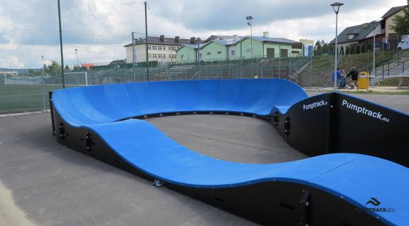 side view of the pumptrack composite