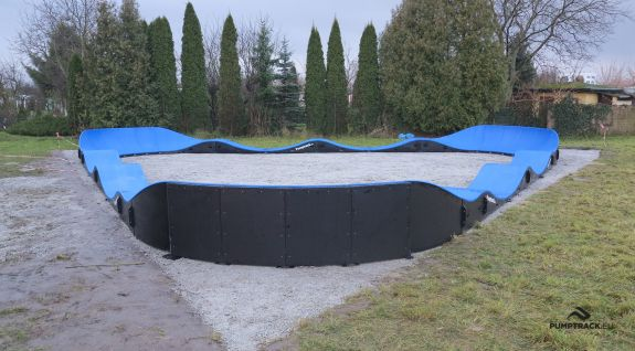 Kompositt pumptrack