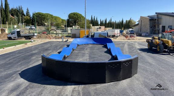 Composiet pumptrack