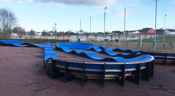 Rowerowy plac zabaw czyli kompozytowy pumptrack