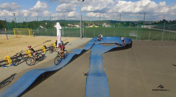 pumptrack w Dukli - rowerowy plac zabaw - rzut