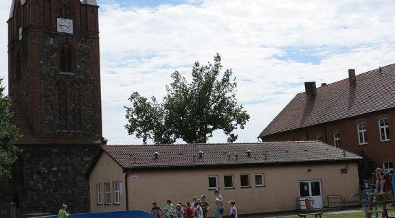 Pump-Track für Skateboarding angepasst - Boleszkowice (PL)