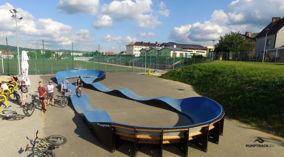 Pumptrack - Fahrrad-Spielplatz