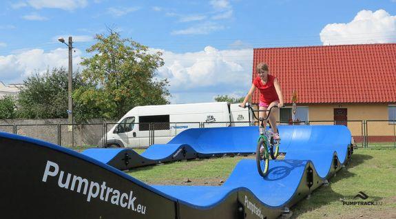 O piesă de biciclete mobilă creată din module - Boleszkowice (PL)