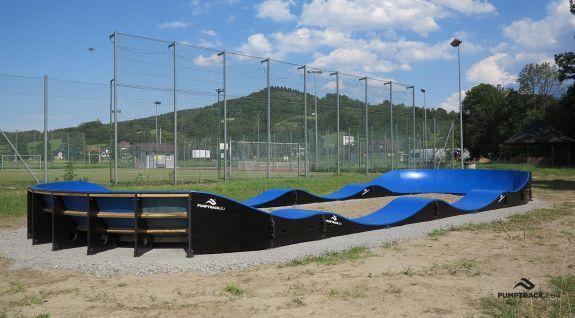 Насосна доріжка, пристосована для катання на скейтборді